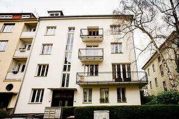 Mehrfamilienhaus mit 8 Wohnungen - Schumannstaße / Westend